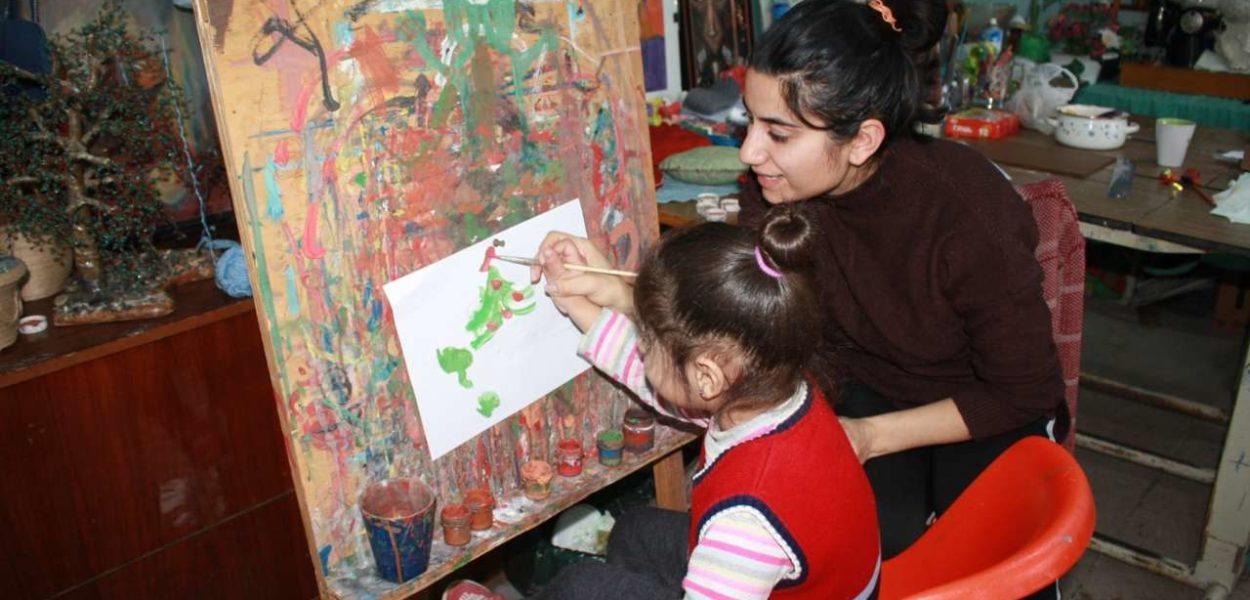 A rehabilitációs központ a művészi készségeket is népszerűsíti. | © CSI